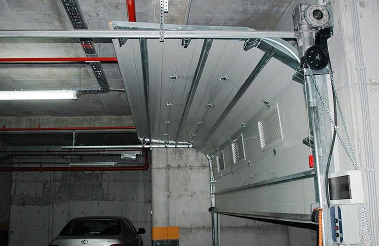 Garage Door Mechanism